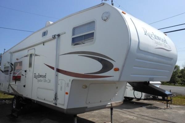 2007 Rockwood 8280 5th Wheel (1)