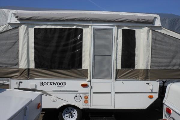 2009 Rockwood 1940LTD Tent Trailer (2)