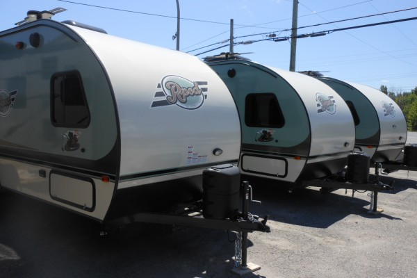2017 R-Pod RP-179 Travel Trailers (1)