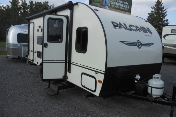 2015 Palomino Palomini 179BHS Travel Trailer (1)