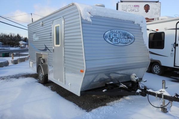 2010 Salem Ice Cabin (1)
