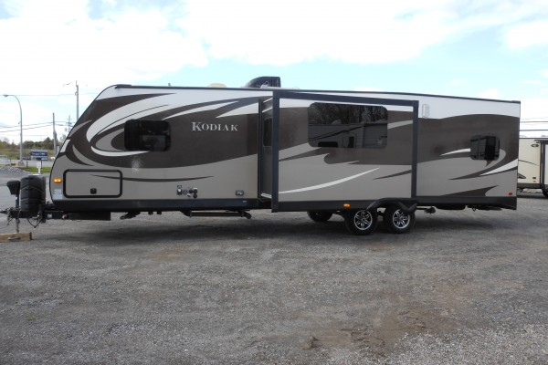 Used 2014 Dutchmen Kodiak 292TQB Toy Hauler Travel Trailer