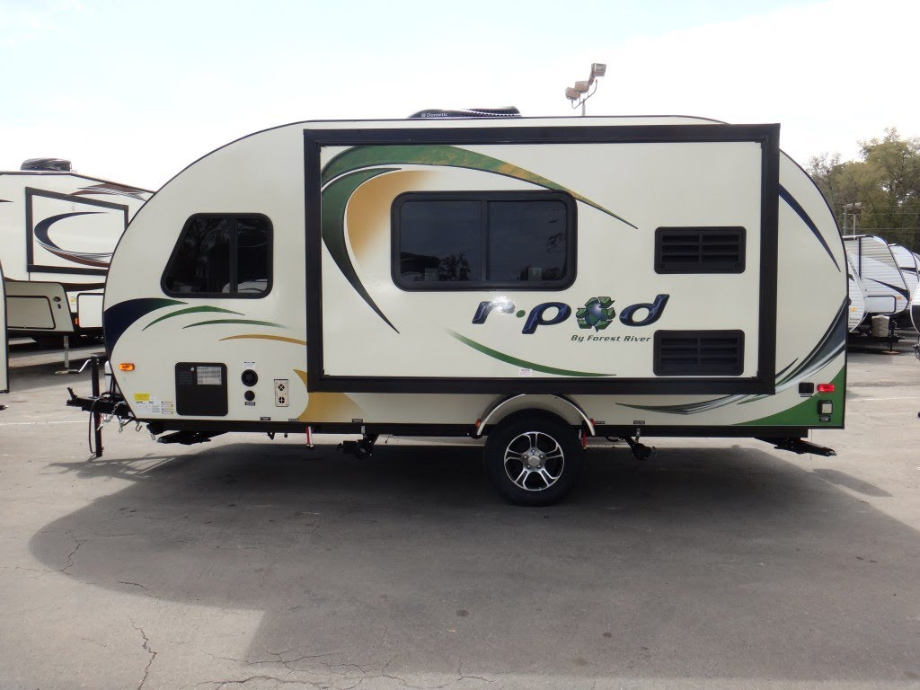 Should You Choose the R-Pod Camper? Travel-Mor Trailer Sales