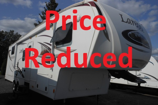 2011 Laredo 305TG 5th Wheel Trailer